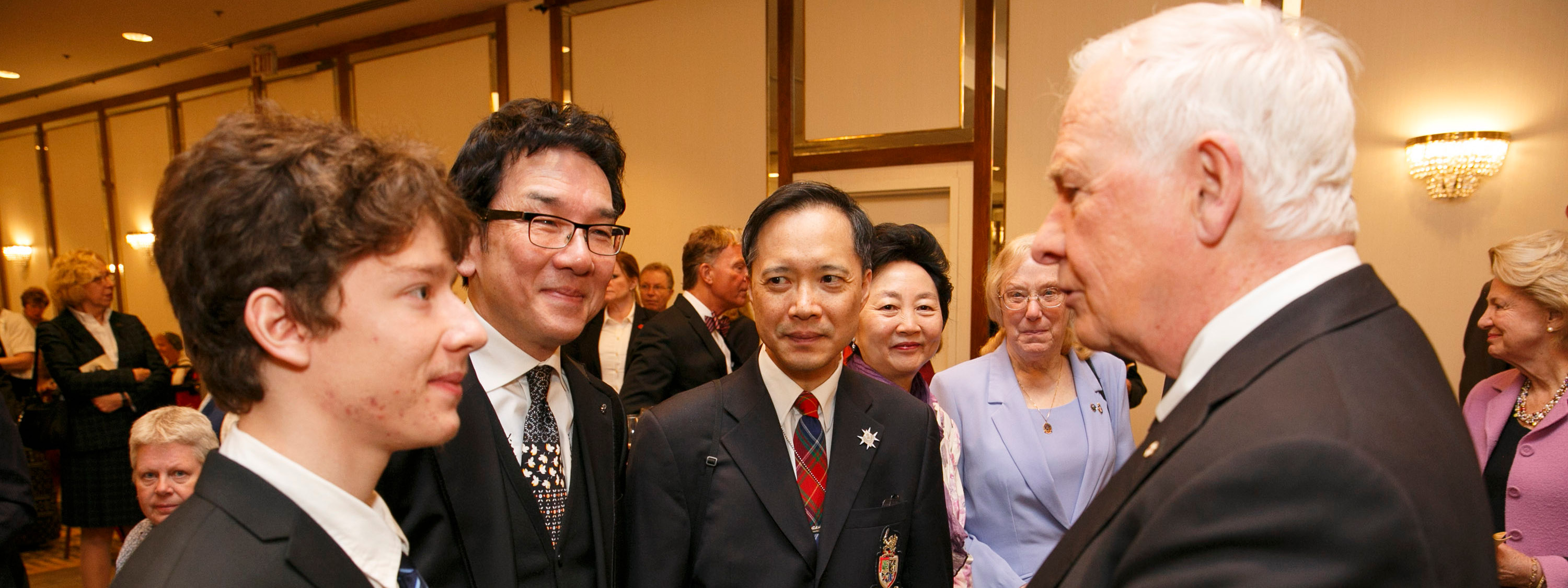 League Members Meet the Governor General